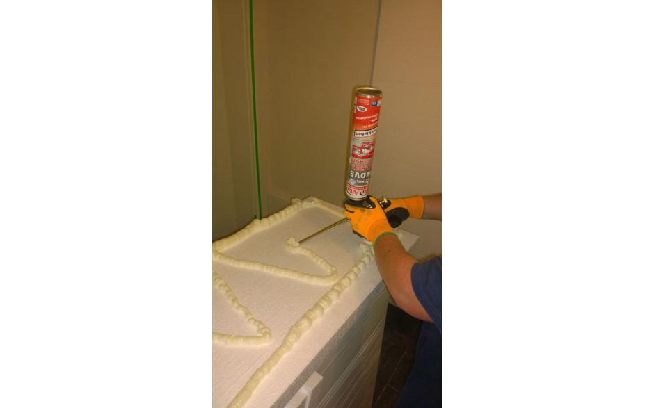 mousse polyur thane de collage eps 800 ml pour pistolet. Black Bedroom Furniture Sets. Home Design Ideas